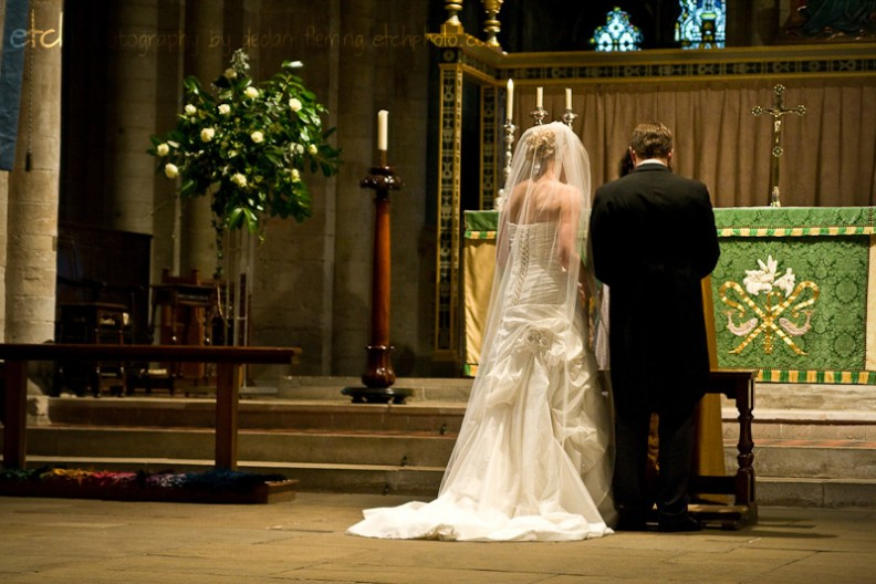 Romsey abbey wedding - blessing at high altar